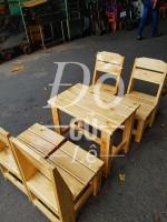 Những lợi ích khi quán cafe sử dụng bàn ghế gỗ thông pallet