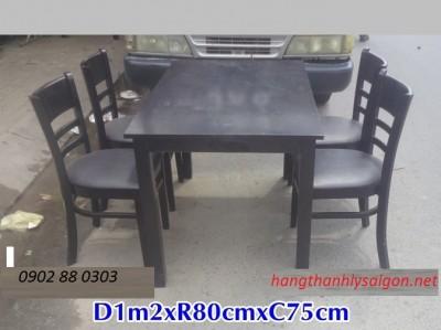 Thanh Lý Bàn 4 ghế gỗ số lượng nhiều