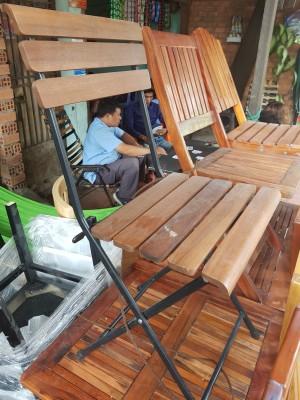 Thanh lý ghế gỗ chân sắt cafe