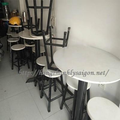 BÀN GHẾ CAFE THANH LÝ 001