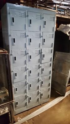 Tủ locker 18 hộc