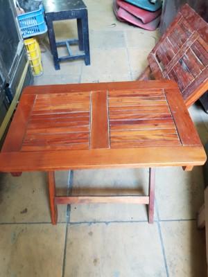 Thanh lý bàn gỗ xếp cafe
